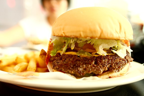 Johnny Rockets Classic Burger